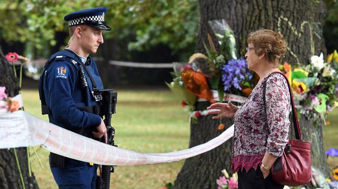 Attentat en Nouvelle-Zélande: la police avait parlé au terroriste avant de lui octroyer un permis d'armes