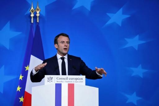 Sommet UE: Macron déplore