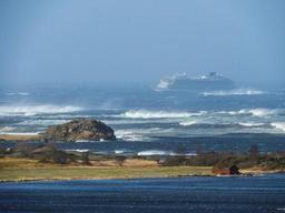 Norvège- noria d'hélicoptères pour évacuer les 1.300 passagers d'un paquebot en difficulté