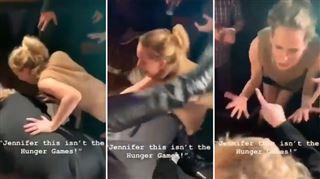 Ivres, Adele et Jennifer Lawrence deviennent INCONTRÔLABLES dans un bar de New-York- Ce ne sont pas les Hunger Games ici! (vidéo) 2