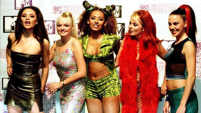 Mel B révèle avoir couché avec une des Spice Girls- Elle avait une poitrine magnifique 1