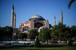 Erdogan veut renommer l'ex-basilique Sainte-Sophie en