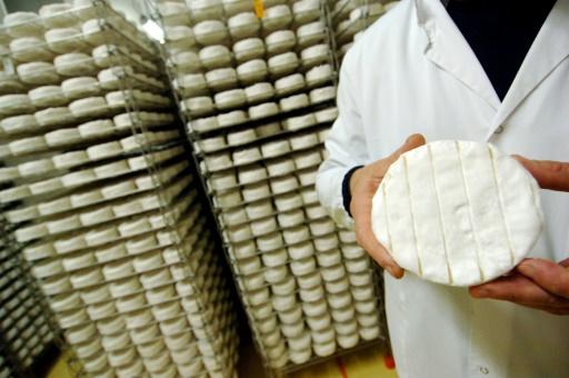 Enfants et lait cru: à quel âge ne plus en faire tout un fromage?