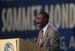 Comores: le président sortant Azali Assoumani réélu dès le premier tour