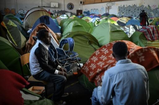 Nantes: la justice demande l'expulsion de 250 migrants d'un gymnase