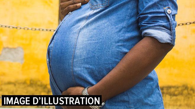 Bangladesh: elle accouche de jumeaux un mois après avoir donné naissance à son premier enfant
