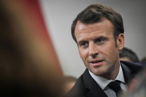 Le grand débat de Macron s'éternise, l'impatience monte