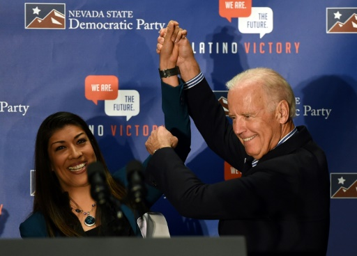 Etats-Unis: Joe Biden accusé d'un baiser déplacé par une ex-élue démocrate