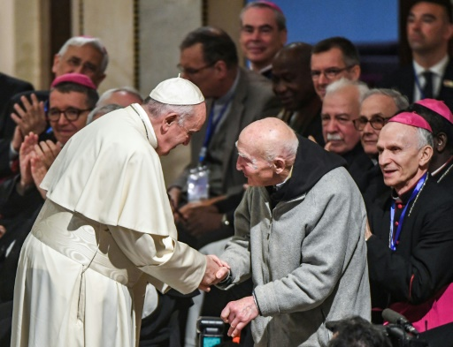 Le dernier rescapé du massacre de Tibéhirine rencontre le pape au Maroc