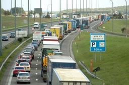 Week-end de Pâques rouge sur les routes partout en Europe