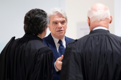 Arbitrage: 5 ans de prison ferme requis contre Bernard Tapie pour