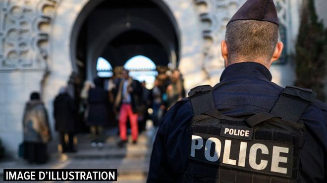 France: deux policiers retrouvés morts dans leurs locaux