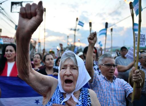 Honduras: manifestation contre le président Hernandez