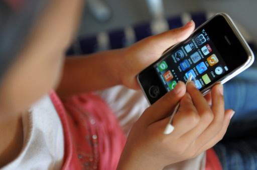 Enfants et écrans: des scientifiques appellent à une