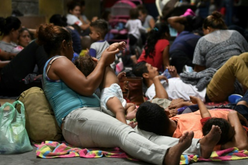 Un millier de Honduriens se rassemblent pour une nouvelle caravane vers les Etats-Unis