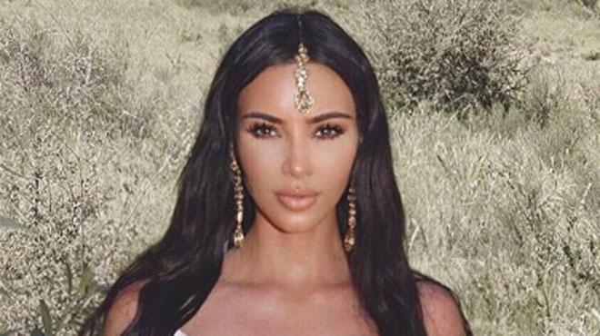 Kim Kardashian s'attire les foudres de plusieurs internautes à cause de cette tenue
