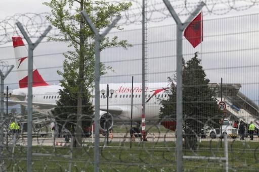 Albanie : la sécurité en question après le braquage d'un avion