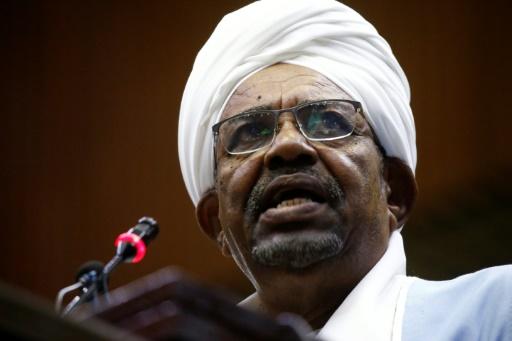 Soudan: le président Omar el-Béchir destitué par l'armée