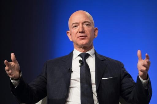 Le PDG d'Amazon lance un défi à la distribution: augmentez les salaires !