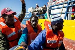 Asile et migration - Italie: 70 migrants interceptés et débarqués à Lampedusa
