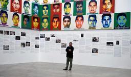 Ai Weiwei dévoile les portraits en Lego des étudiants disparus au Mexique