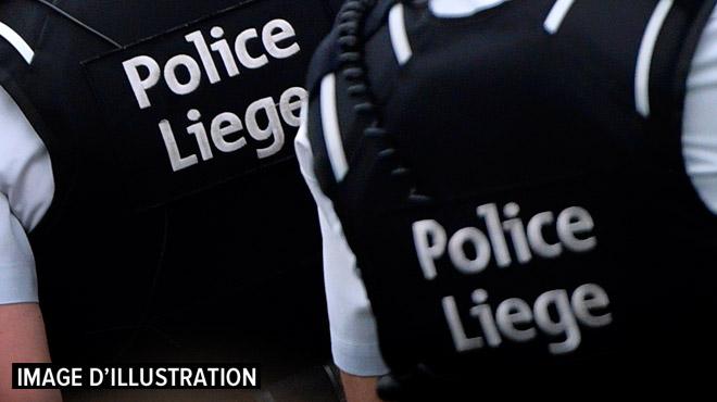 Liège: Manuella, une jeune épicière, fait fuir deux braqueurs à coups de bâton