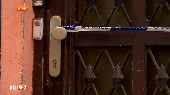 Le corps sans vie d'un homme roué de coups retrouvé dans un appartement à Mons: le suspect placé sous mandat d'arrêt
