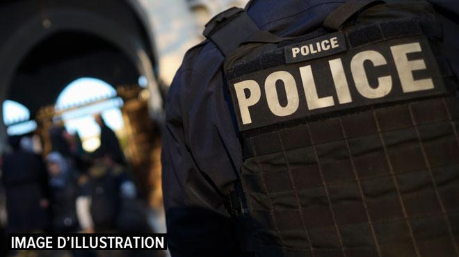 Des policiers empêchent un viol en pleine rue à Paris: