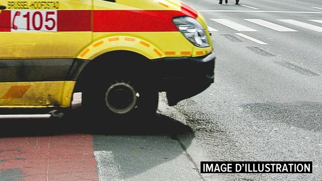 Une voiture se retrouve sur le flanc à Heusy: un blessé grave
