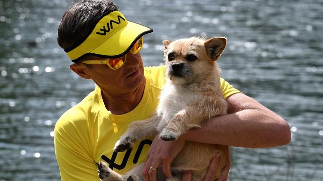 Voici l'histoire émouvante de Gobi, le premier chien à participer au marathon de Paris (vidéo)
