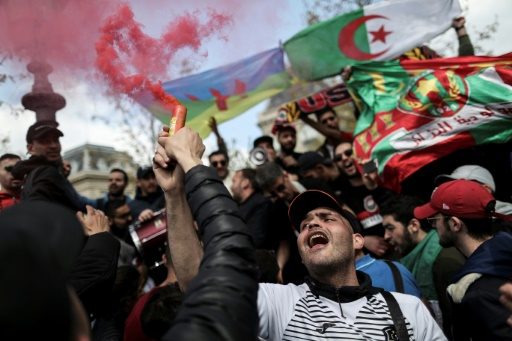 Pour les Algériens de Paris, le combat continue