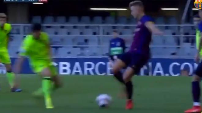 Le geste technique exceptionnel d'un espoir du FC Barcelone (vidéo)
