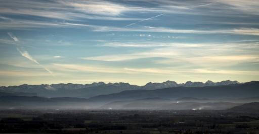 Des microplastiques transportés par les airs polluent les montagnes