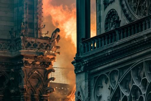 Notre-Dame: Arnault et Pinault annoncent pour 300 millions d'euros de dons