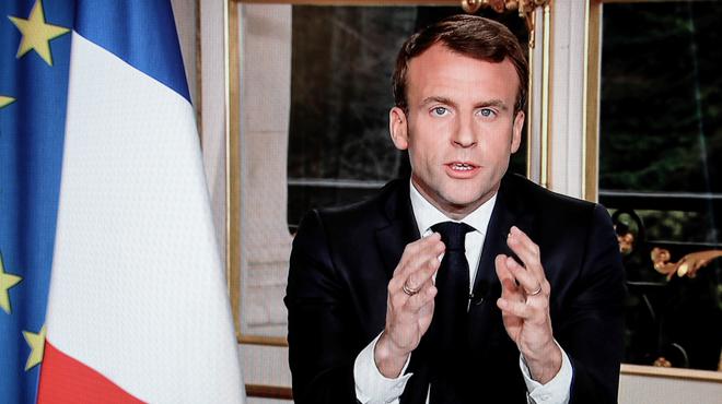 Notre-Dame de Paris: Macron veut que la cathédrale soit rebâtie