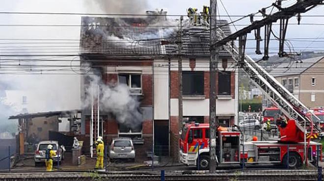 Une personne grièvement blessée dans un incendie à Flémalle