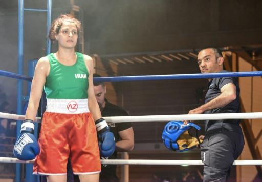 La boxeuse iranienne Sadaf Khadem et son entraîneur disent être recherchés en Iran