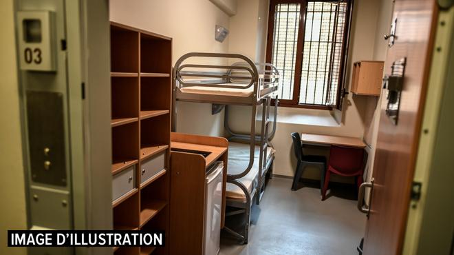 Emprisonné pour les viols de 6 fillettes, un détenu commet de nouveaux faits pédophiles au parloir