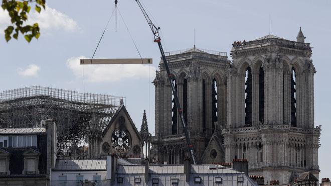 Les centaines de millions récoltés pour Notre-Dame font débat dans la France des