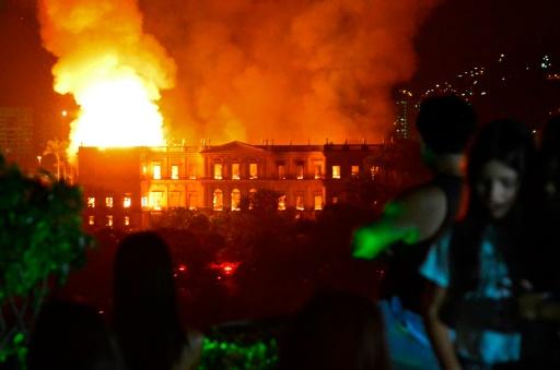 Dons pour la reconstruction : le Musée national de Rio n'est pas Notre-Dame