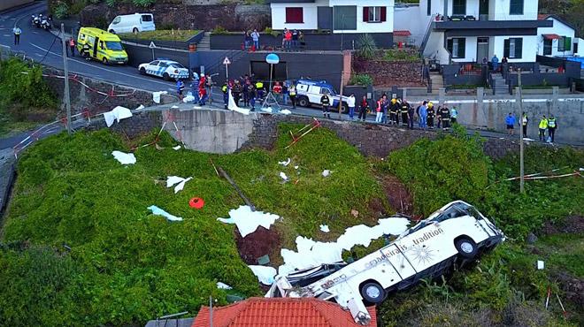 Trois jours de deuil national au Portugal: 29 touristes ont perdu la vie dans un accident de car
