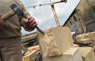 Restaurer Notre-Dame- le temps long des artisans Compagnons