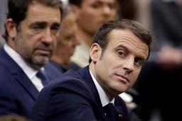 Gilets jaunes: Macron reçoit Castaner à l'Elysée