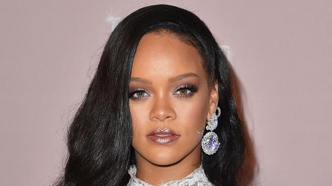 Rihanna lancera prochainement une marque de luxe avec LVMH