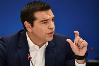 En Grèce, Tsipras renforce sa position en vue du défi des européennes
