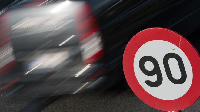 Vitesse limitée à 90km/h sur l'ensemble du Ring de Bruxelles: voici la solution proposée par Vilvoorde pour diminuer les accidents