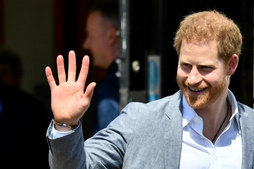 Le prince Harry dédommagé après la publication de photos de sa maison de campagne