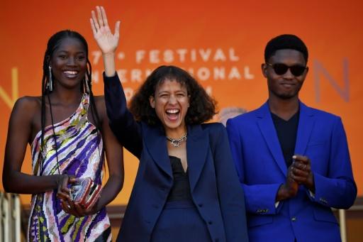 A Cannes, la fable politique de Mati Diop sur les migrants