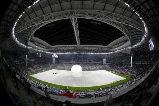 Qatar: inauguration en grande pompe du premier stade construit pour le Mondial-2022