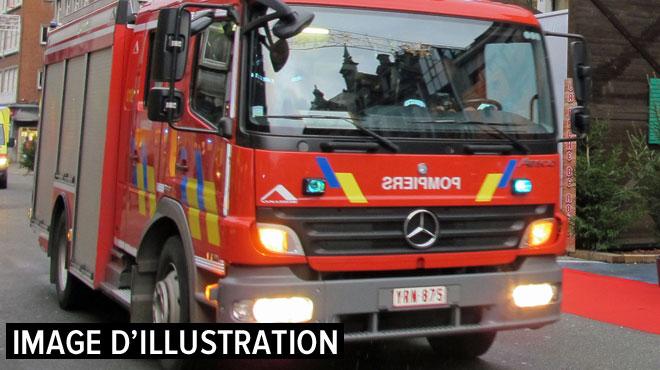 Trois blessés lors d'un incendie survenu dans le zoning de Courcelles